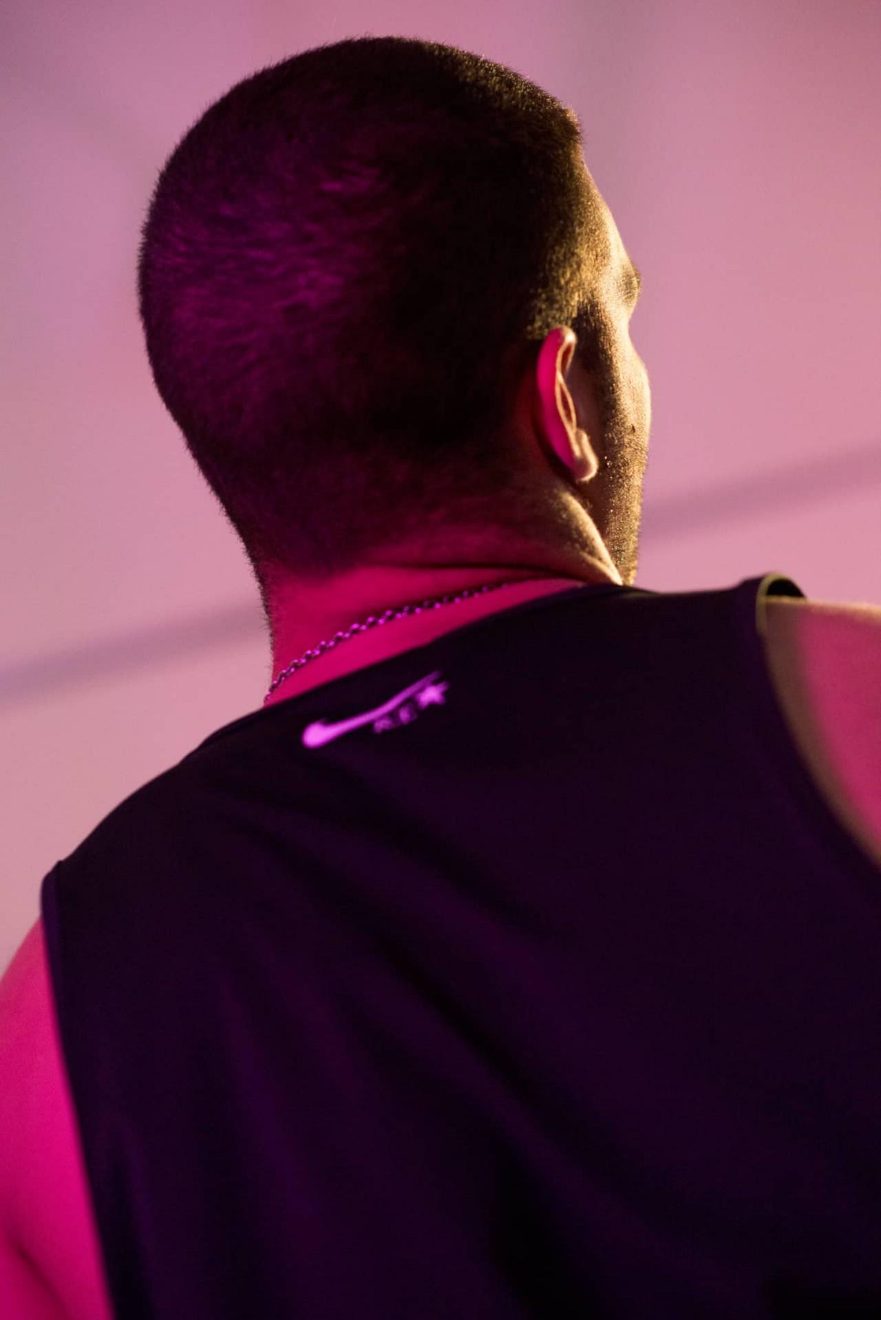 Tobias Faisst Novembre Magazine | Nike – Riccardo Tisci | 01